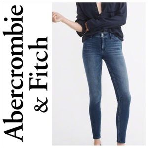 🆕 Abercrombie & Fitch Jeggings